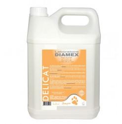 Diamex Shampooing Delicat 5l. Shampooing pour chien. A base de Tea tree Oil. soulage les démangeaisons.