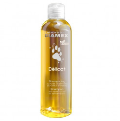 Diamex Shampooing Delicat 250 Ml. Shampooing pour chien. A base de Tea Tree Oil. Soulage les irritations. Shampooing protéiné.