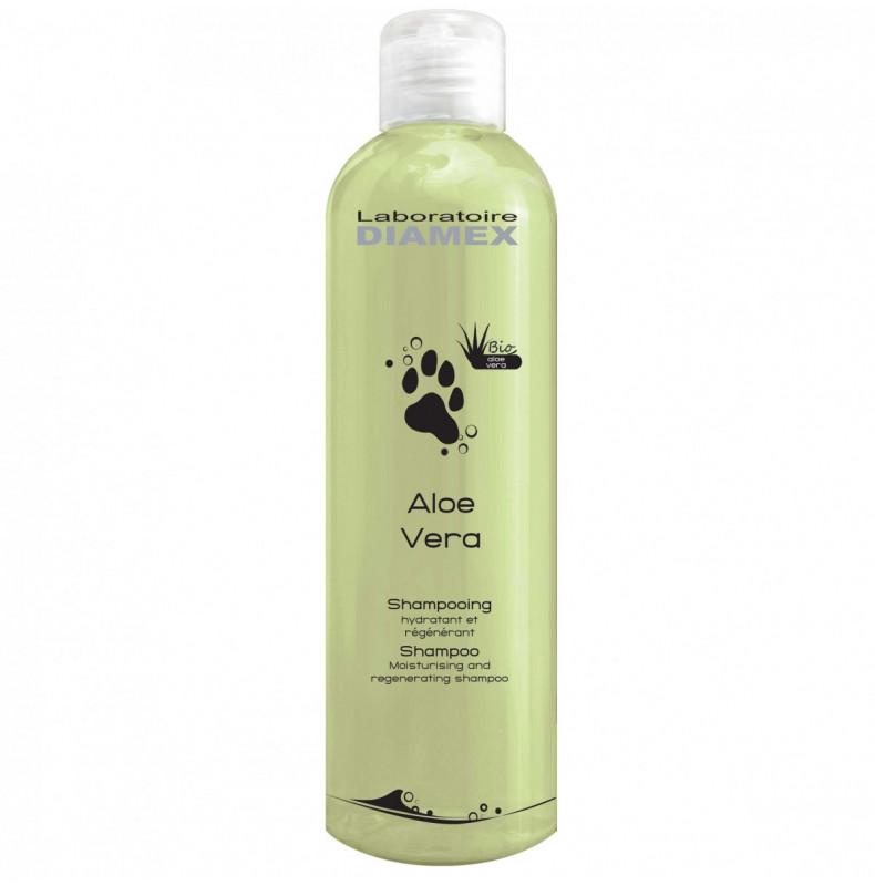 Diamex Shampooing Aloe Vera 250ml. Shampooing pour chien. Réhydrate le poil abimer. Lutte contre les pellicules.